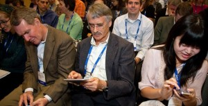 Attendees-Mobile-Devices-1-620x317